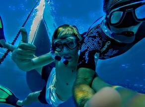Baignade à l'île Lobos à Fuerteventura