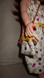 Mamie a cousu pour la poupée de Clara