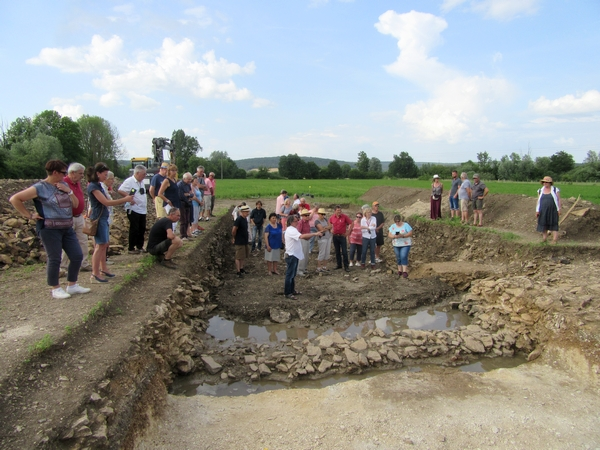 De nouvelles fouilles au pied du Mont Lassois ont révélé l'existence d'un canal dont l'usage reste mystérieux...