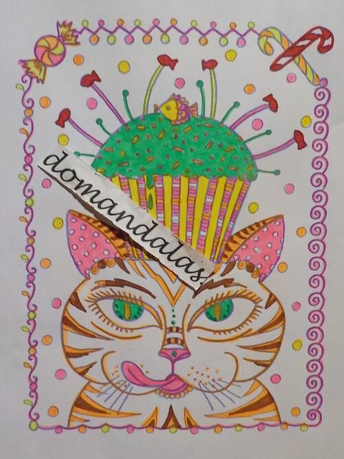 DOMANDALAS  coloriage du chat gourmand au cup cake