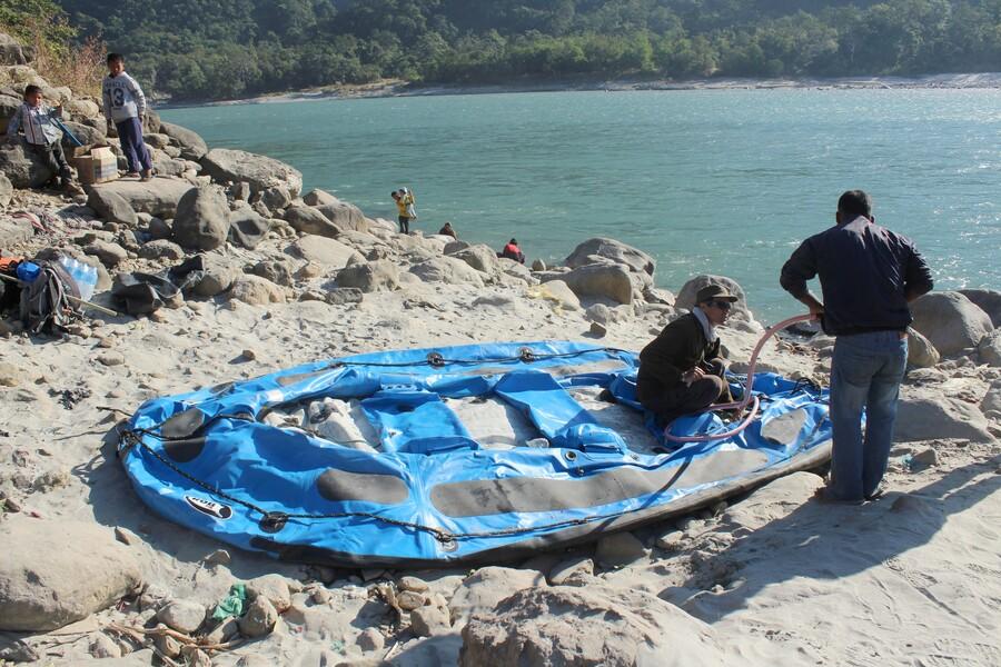 Rafting sur la rivière Karnali - Népal