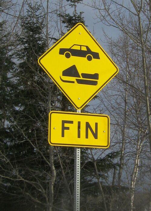 Panneaux routiers originaux de mon coin de pays