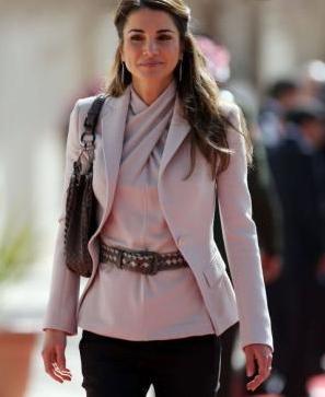 Rania à l'inauguration du parlement jordanien