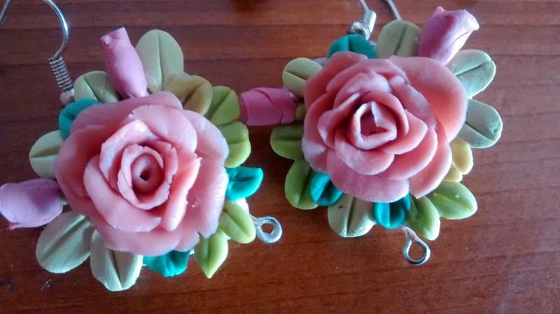 Boucles d'oreilles en porcelaine froide