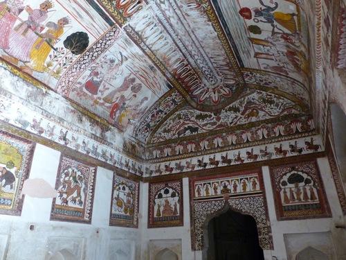 Orccha; suite avec les peintures murales exceptionnelles