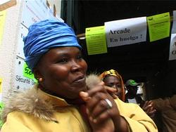 Remue-ménage dans la sous-traitance - film documentaire d'Ivora Cusack (2010)