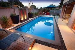 bientôt la piscine