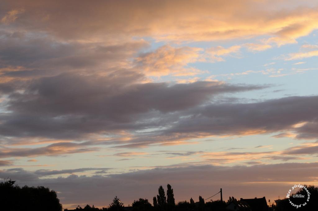 Ciel d'orage chez moi (2)