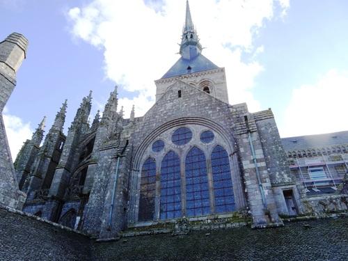 L'abbaye du Mont Zaint Miçel (photos)