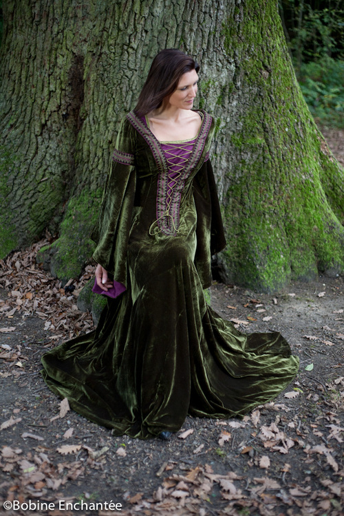 "La robe lie de vin ""Gweneline"""
