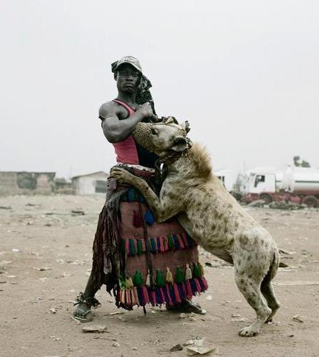 Nigeria, profession : dresseur de hyenes