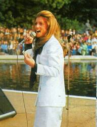 27 juin 1975 : Chanter avant de