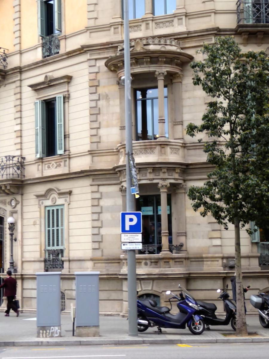 Belles maisons de Barcelone, au gré de l'humeur de ma connexion pause ou 1/2 pause!