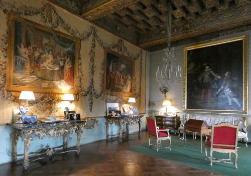 Le château de Brissac ( 1 )