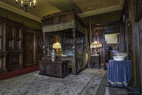 PGPI 0050 Warwick castle bedroom 2013 | Flickr - Photo Sharing!