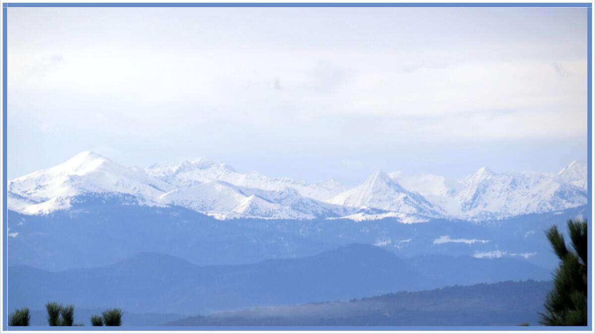 Les Pyrénées enneigées