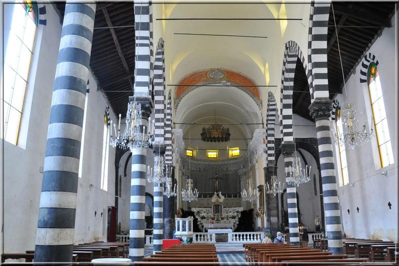 Italie, les 5 Terres : Monterosso al Mare, église San Giovanni Baptista