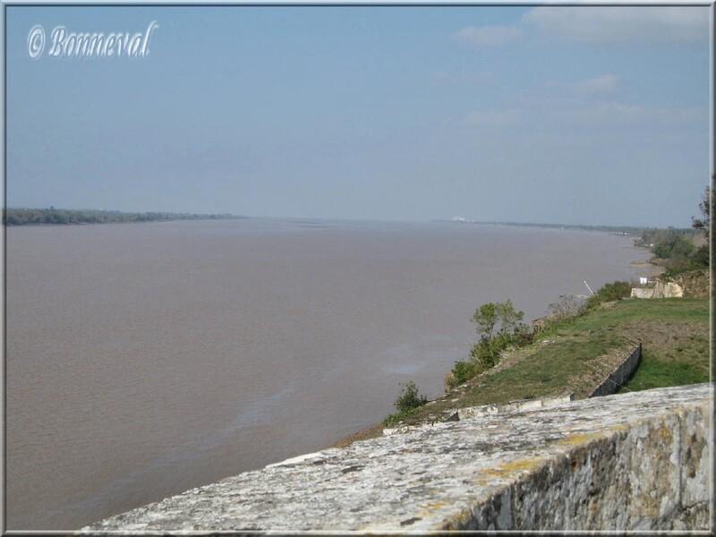 Citadelle de Blaye Gironde fortifications et vue sur l'estuaire