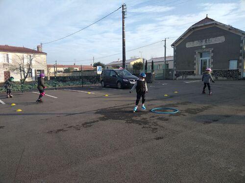 Education Physique et Sportive : Le roller avec Pascal