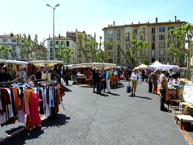 Toulon le maché du Mourillon 2 Marc de Metz 2012