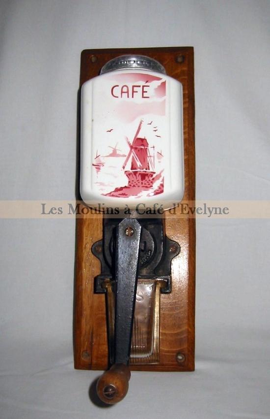 moulins muraux divers les moulins caf d 39 evelyne. Black Bedroom Furniture Sets. Home Design Ideas