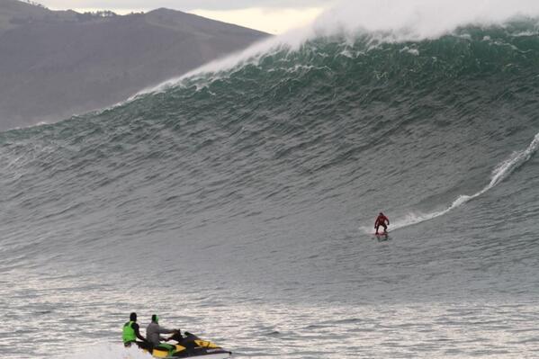 Une grosse vague