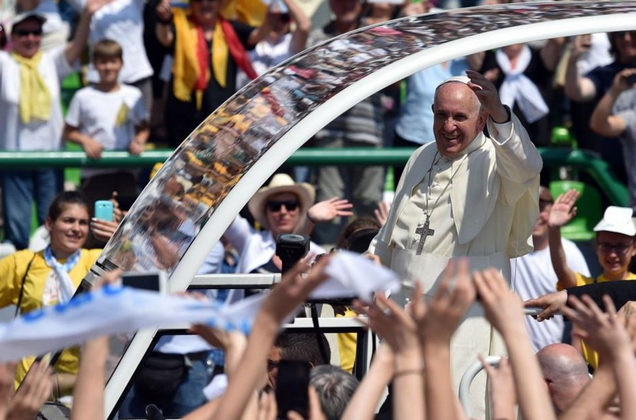 A Sarajevo, le pape François appelle à la réconciliation