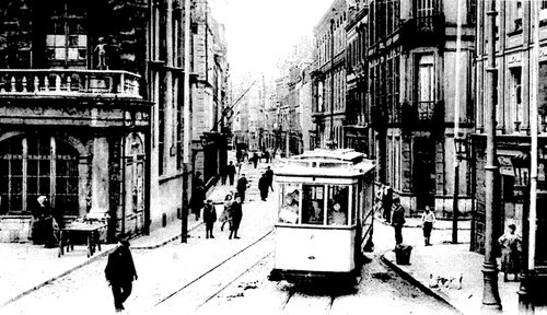 La rue Royale retrouve son nom en 1852 grâce à Napoléon III