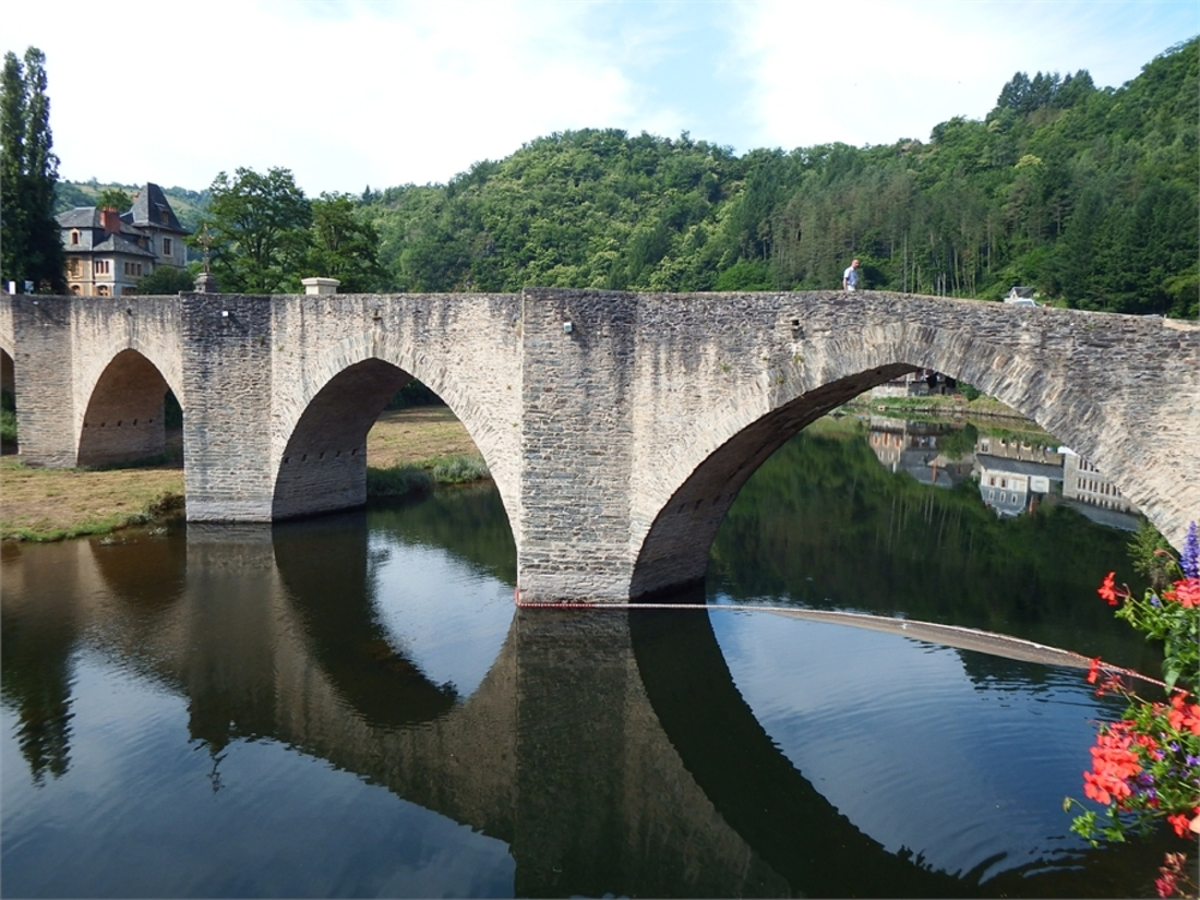 pont gothique d'Estaing en reflets