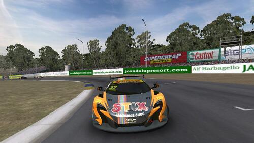 Team Darrell Lea McLaren 650S GT3