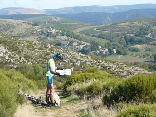 Traversée des monts d' Ardèche.
