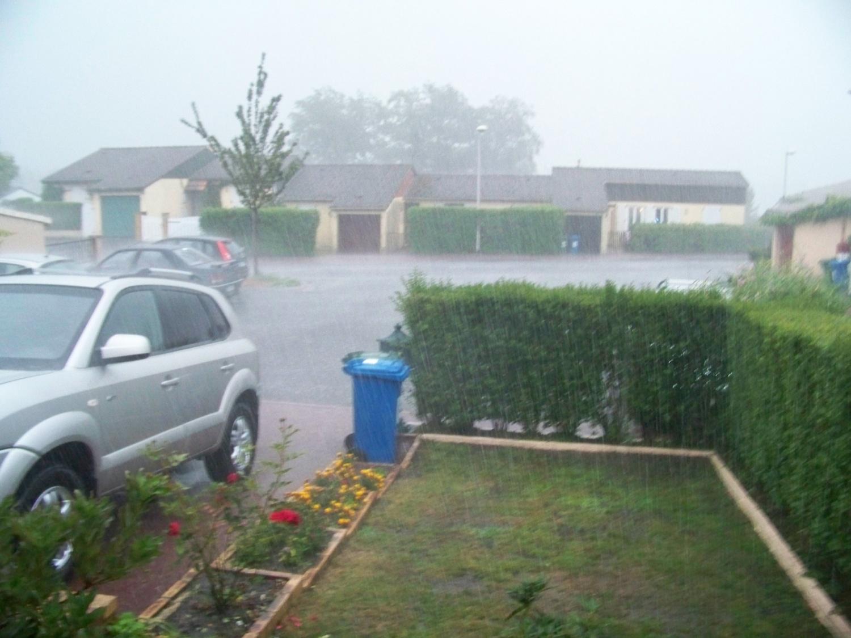 quand il pleut a  LIMOGES !!! il pleut!!