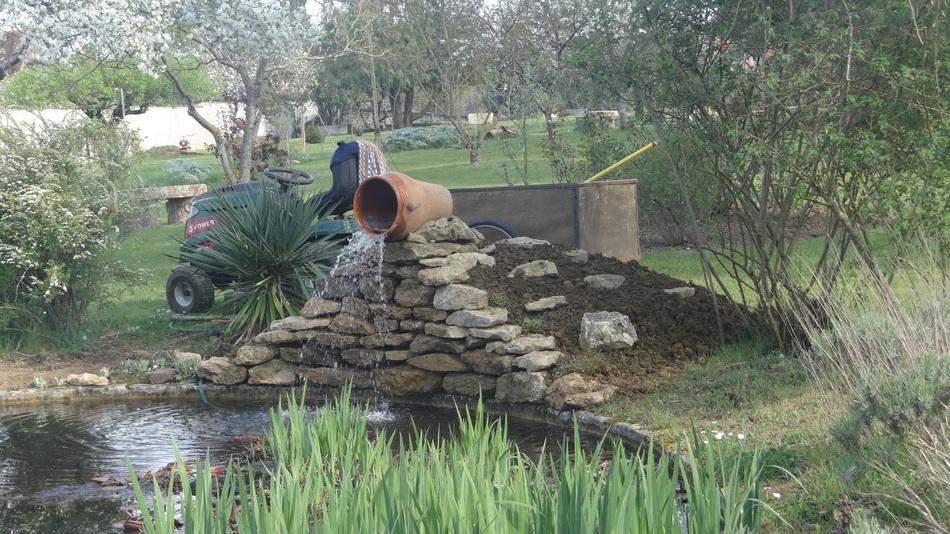 La cascade du Grand Plan d'eau (2) et Fleurs de Fin de Semaine