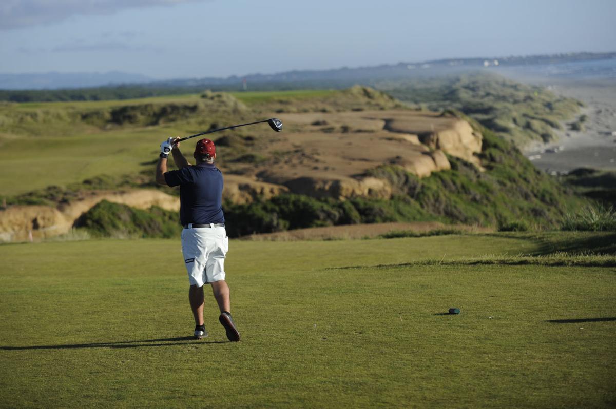 Chơi Golf tạiBandon Dunes