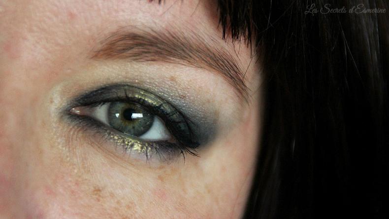 Makeup sous pluie acide et bleu nuit [Tutoriel]