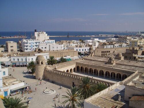 Solidarité avec la Tunisie