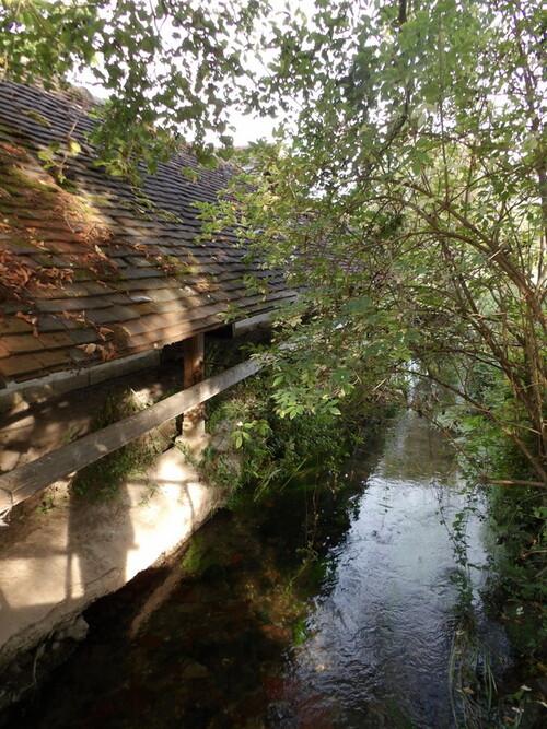 Le moulin et le lavoir de Fourges