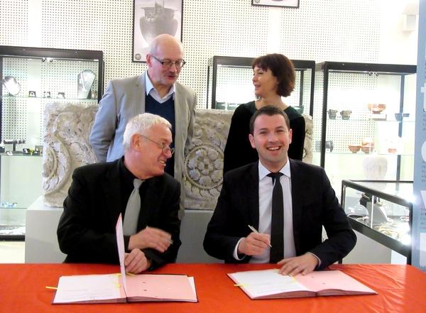 Une convention a été signée entre l'INRAP et le Musée du Pays Châtillonnais-Trésor de Vix
