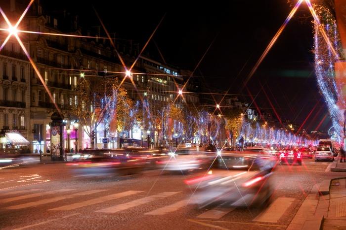 Paris la nuit à Noël- les arbres