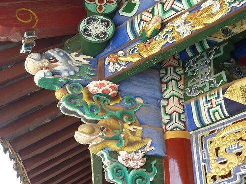 un petit temple taoiste;