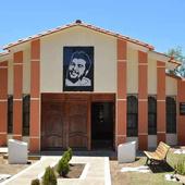 Médicos cubanos en La Higuera, honor de mantener el legado del Che