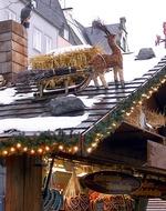 Rentierschlitten auf dem Dach