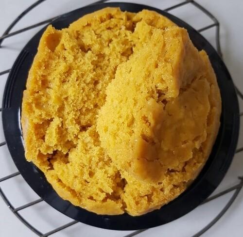 HUAT KUIH (gâteau vapeur super fluffy) à la purée de carotte, farine d'avoine, huile de cacahuètes & édulcorant (Vegan ; SSA)