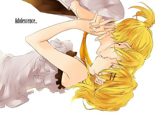 Rin et Len Adolescense