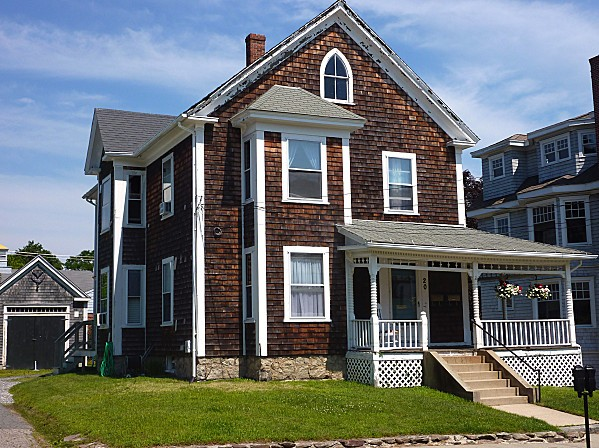 Plymouth Maison 3