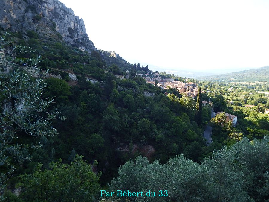 Moustiers Sainte-Marie - la source   (2)