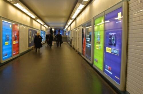 affiche-Nikon-Coolpix-metro.jpg