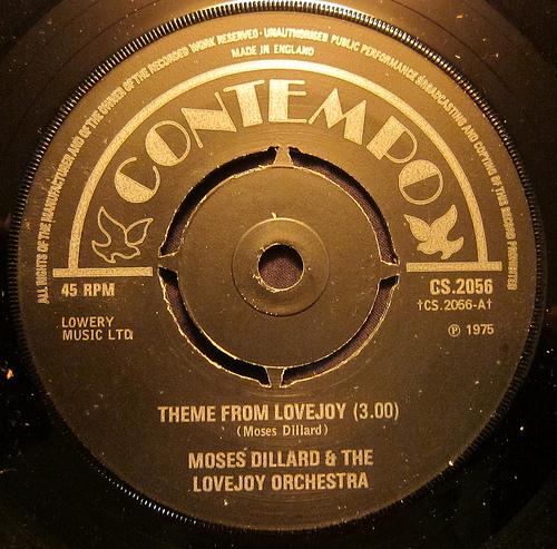 1975 : Single SP Contempo Records CS 2056 [ UK ]