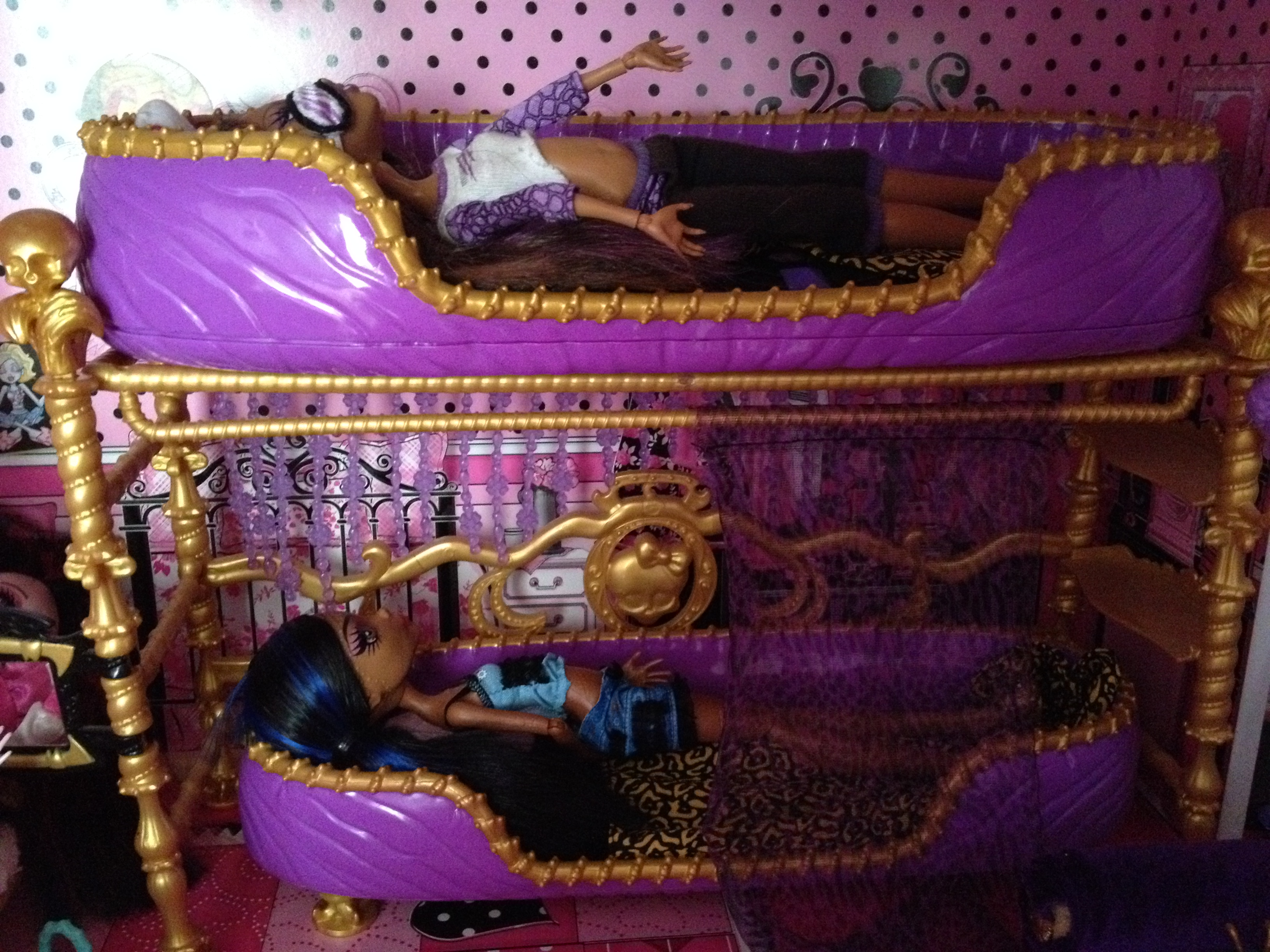 lit monster high clawdeen. Black Bedroom Furniture Sets. Home Design Ideas
