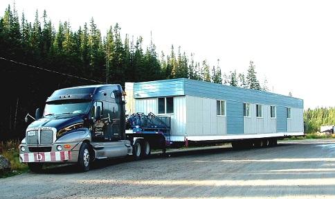 CANADA: Carnet de voyage, Oh les gros camions!!